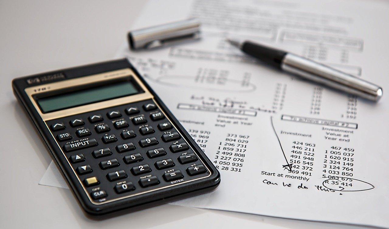 Kiedy zapłacimy podatek przy darowiznach?